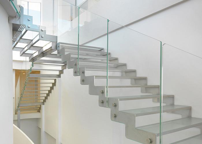 scala acciaio e vetro