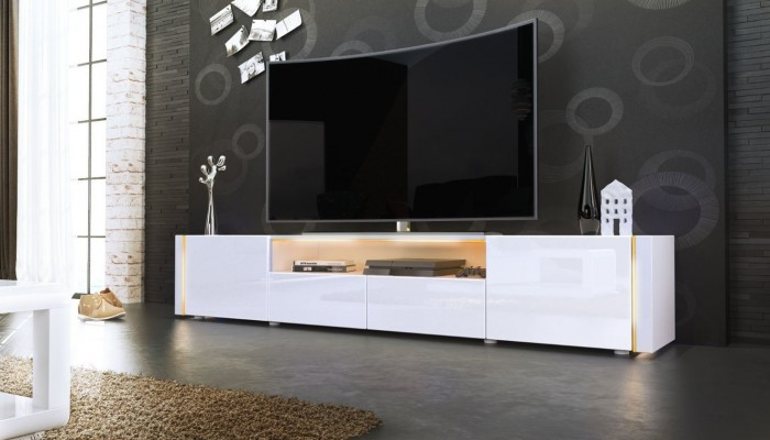 tv curva con mobile di design