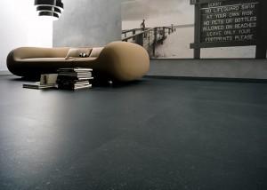 pavimento in pietra nera